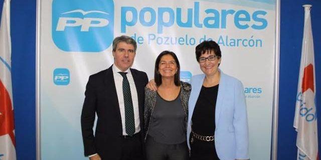 Adrados viene hoy a Pozuelo como miembro de la gestora a la vez que presidenta del PP local