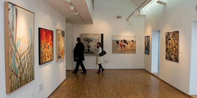 Abierto el plazo de presentación de obras para la exposición de Mujeres Pintoras y Escultoras