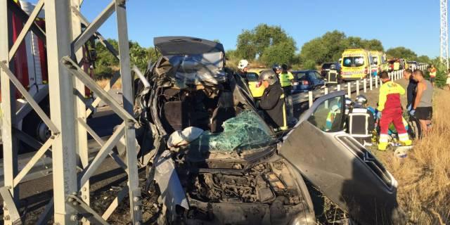 Dos heridos leves y uno grave en un accidente de tráfico en Pozuelo
