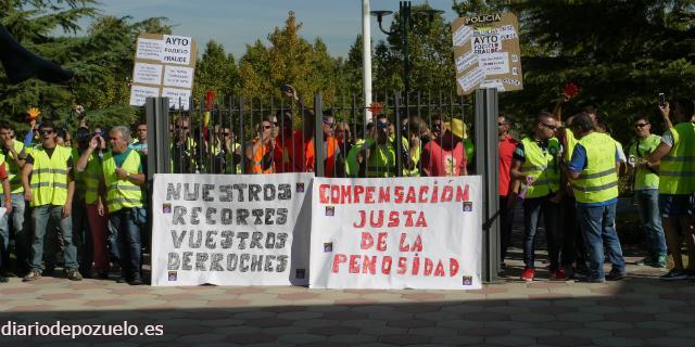 Policías locales piden en el día de su patrona diálogo al Ayuntamiento